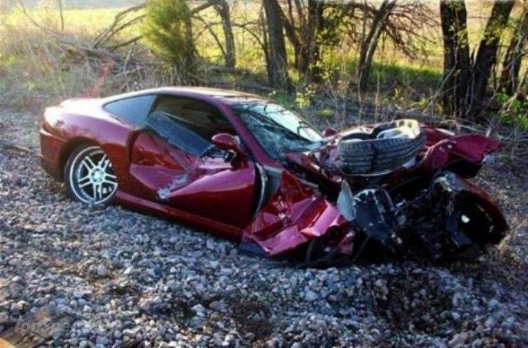 Wypadki najdroższych samochodów 9