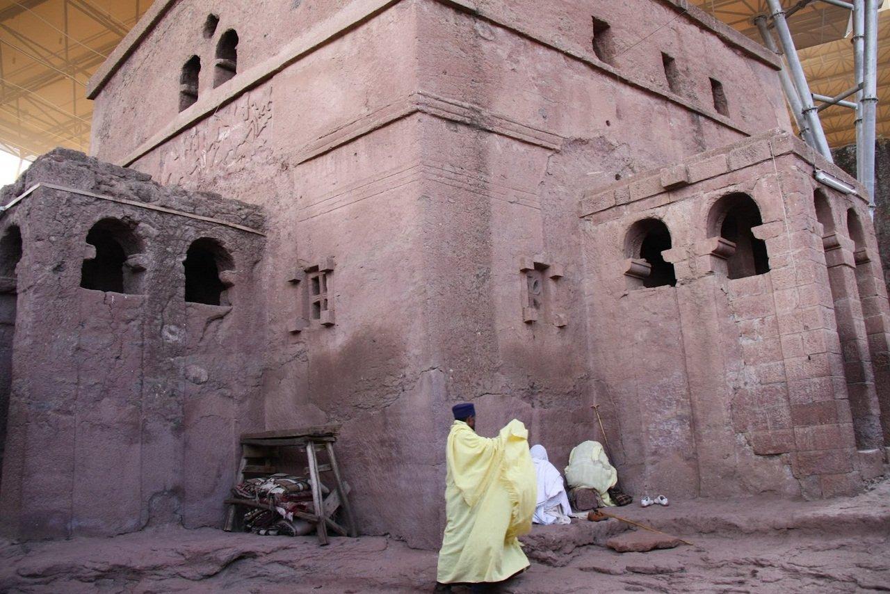 Kościoły skalne w Lalibeli 14