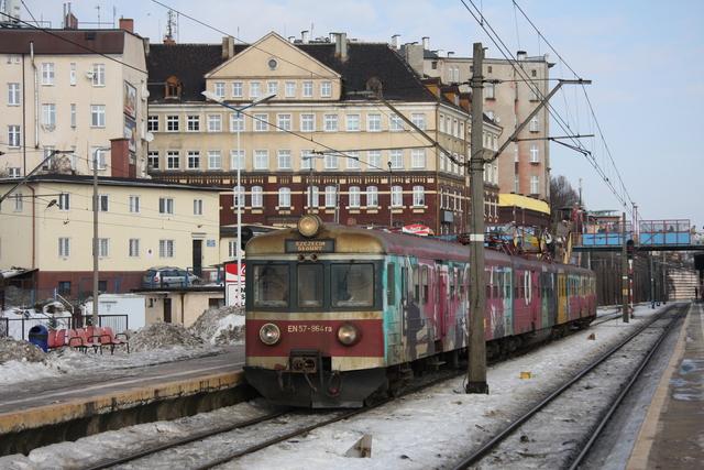 EN57-964 ra Szczecin Glowny