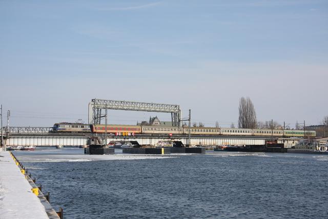 EP07-335 Szczecin Oderbrücke