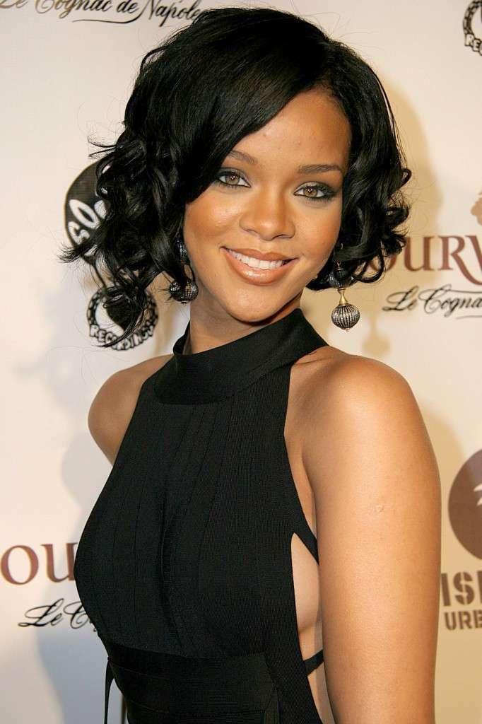 Rihanna 75