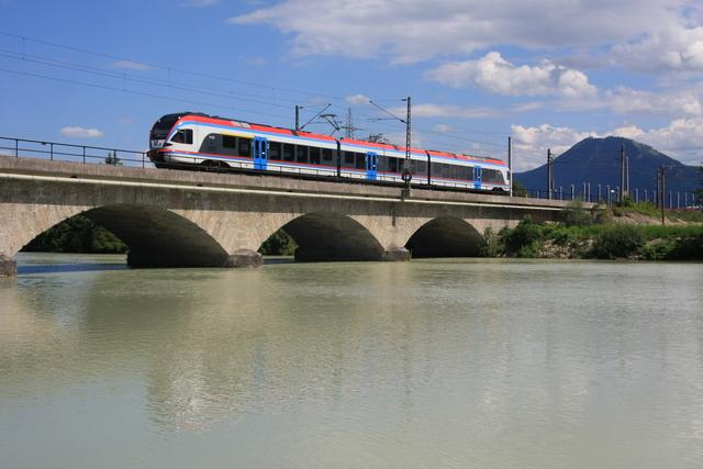 ET 130 Freilassing Saalach-Brücke