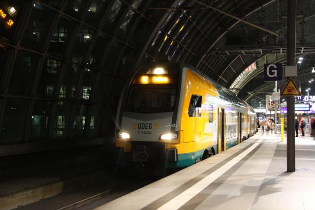 ET 445.102 Berlin Hbf
