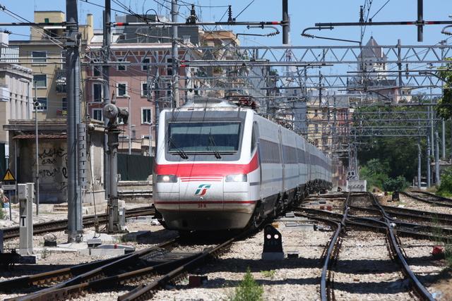 ETR 485 059 BAC Bari Centrale