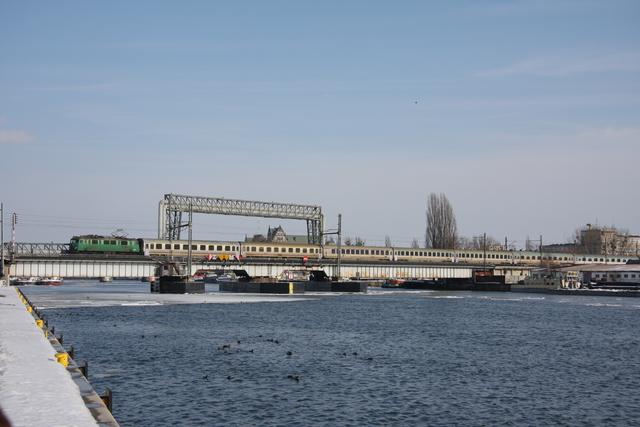 EU07-216 Szczecin Oderbrücke