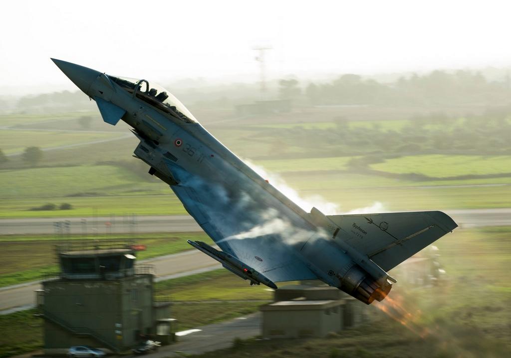 eurofighter-typhoons-0mkhs.jpg