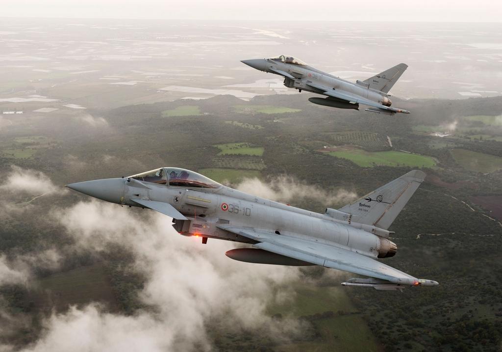 eurofighter-typhoons-k5k3d.jpg