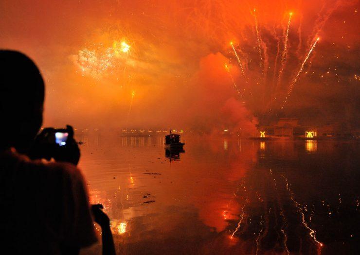 Jak świat przywitał rok 2012? 23