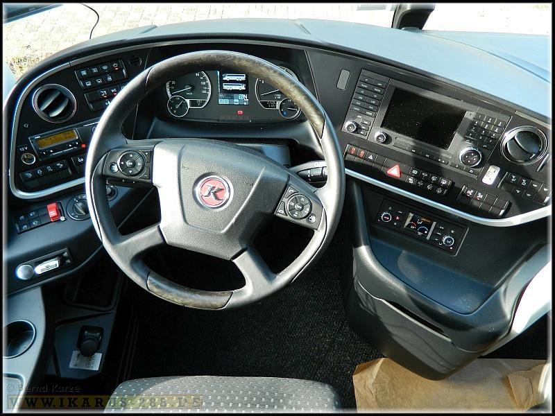 FahrerarbeitsplatzSetraTopClass500