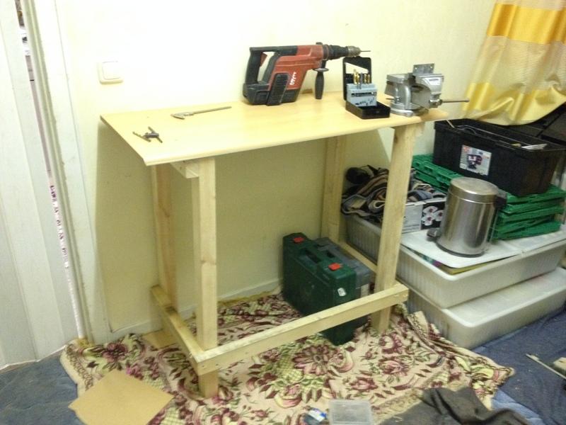 diy tools werktisch selber bauen werkzeuge und maschinen we mod it das forum von moddern. Black Bedroom Furniture Sets. Home Design Ideas