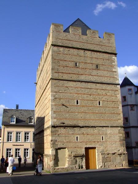 frankenturm in trier mit - photo #8