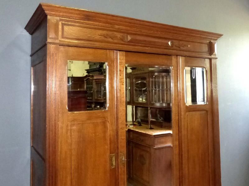 schlafzimmer gr nderzeit musterwohnung in gr nderzeit. Black Bedroom Furniture Sets. Home Design Ideas