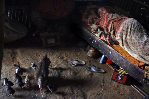 Poród w slumsach Bangladeszu 3
