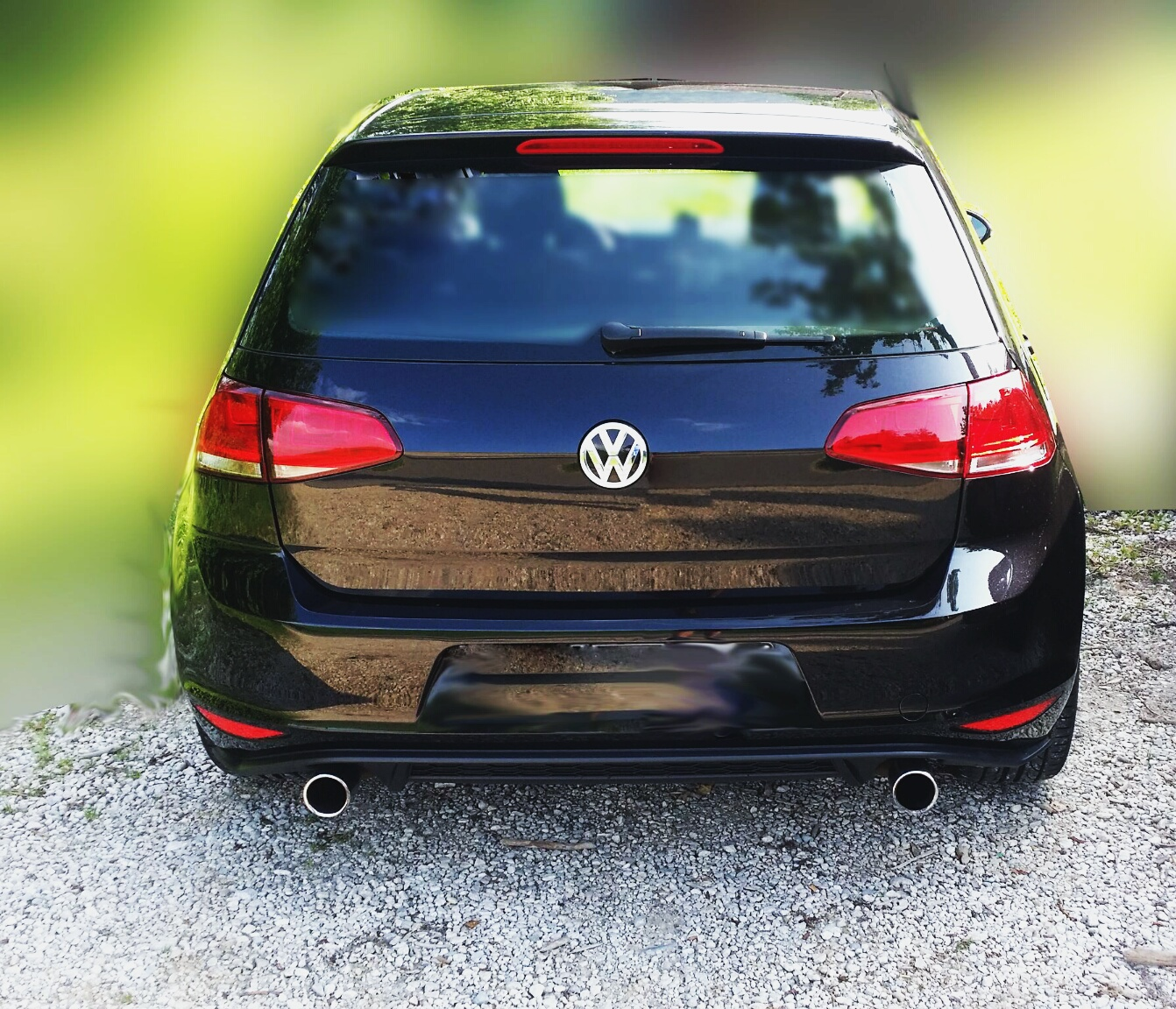 gti auspuffanlage an 1 2 tsi exterieur vw golf 7 forum. Black Bedroom Furniture Sets. Home Design Ideas