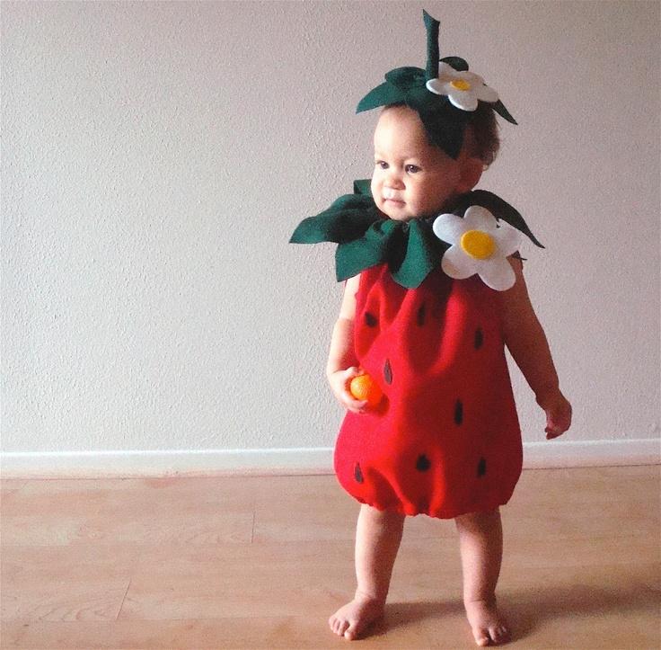 Необычные детские костюмы - Платья и детские костюмы из бросового материала своими