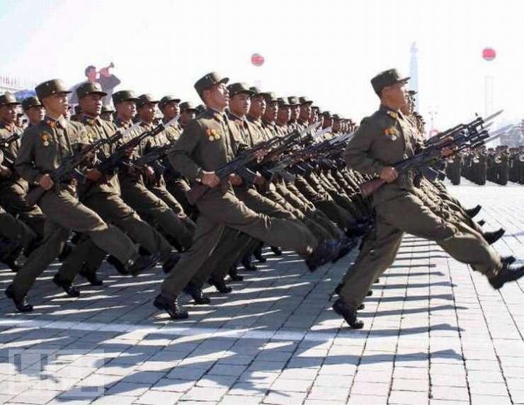 Parady wojskowe 16