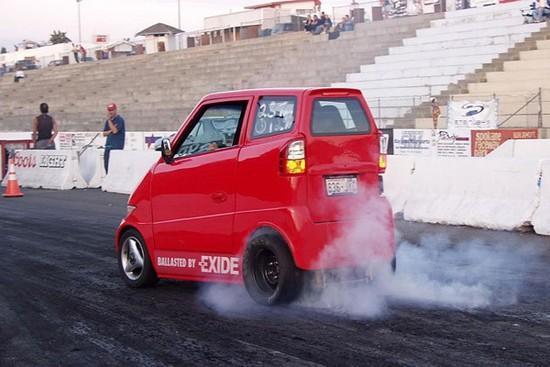 Tango T600 - Ultra wąski samochód 3