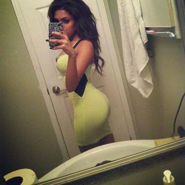 Obcisłe sukienki #19 10