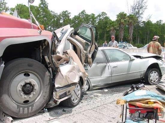 Wypadki ciężarówek 13