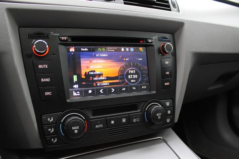vorstellung dvd radio mit 7 display inavion radio warum 600 mehr f r zenec zahlen car. Black Bedroom Furniture Sets. Home Design Ideas