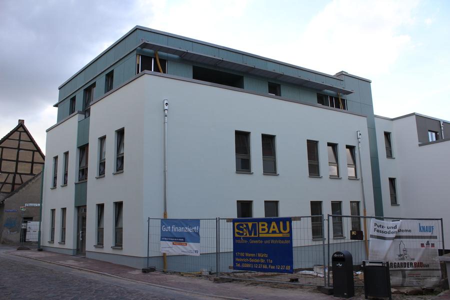 Fallrohr fassade  Barlachstadt Güstrow: Bauprojekte und Stadtplanung - Seite 4 ...