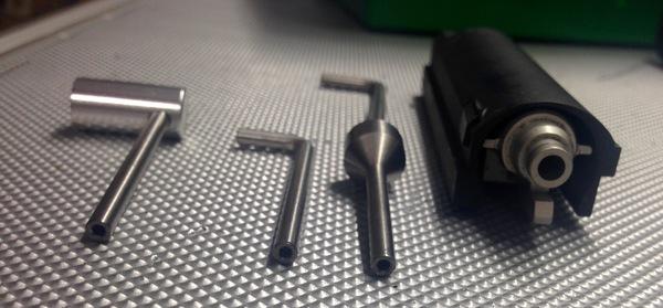 Unterschiedliche Werkzeuge zum einstellen des Ra-Tech NPAS