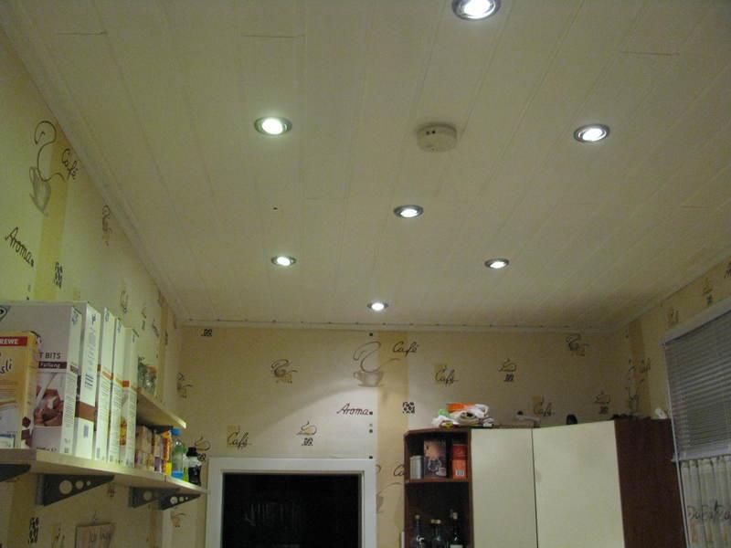 licht dusche led dusche beleuchtung wand ebenerdige. Black Bedroom Furniture Sets. Home Design Ideas