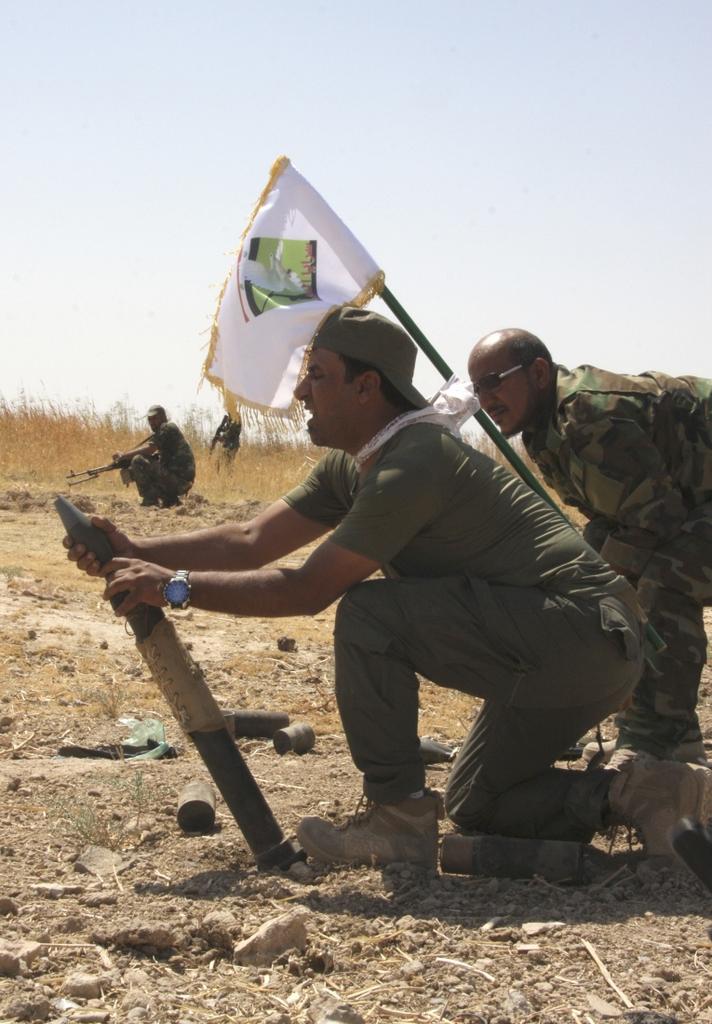 Kurdes, force armée irakienne, milices... Iraq230ykb6l