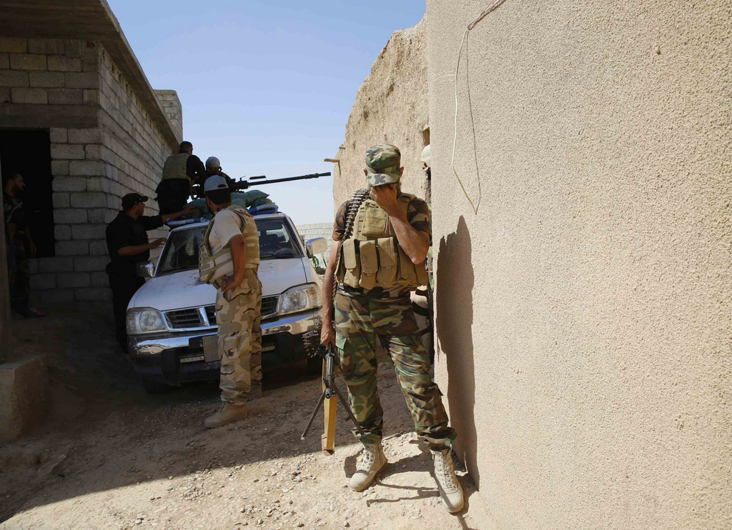 Kurdes, force armée irakienne, milices... Iraq244ckpsv