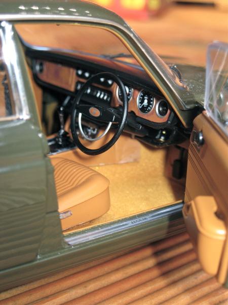 Englands schönste Limousine Jaguar XJ6 von Paragon