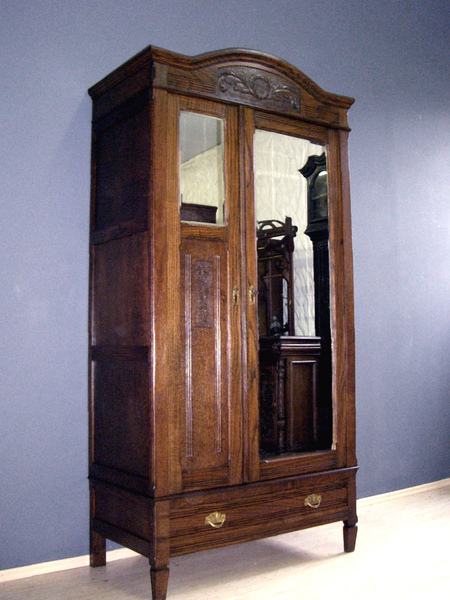 jugendstil kleiderschrank antik dielenschrank spiegel. Black Bedroom Furniture Sets. Home Design Ideas