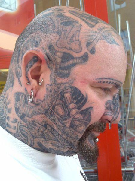 Tatuaże na twarzy 20