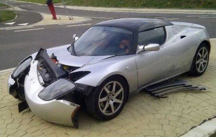 Wypadki najdroższych samochodów 37