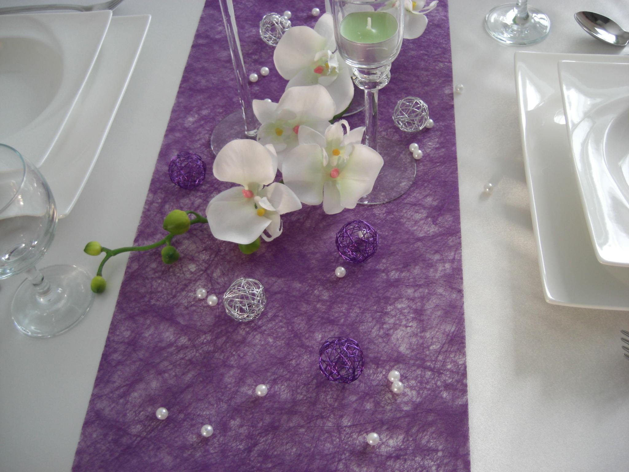 Blumengestecke hochzeit tisch lila alle guten ideen ber for Dekoartikel hochzeit