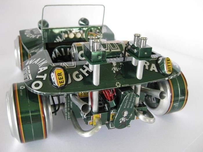 Modele samochodów z aluminiowych puszek 35