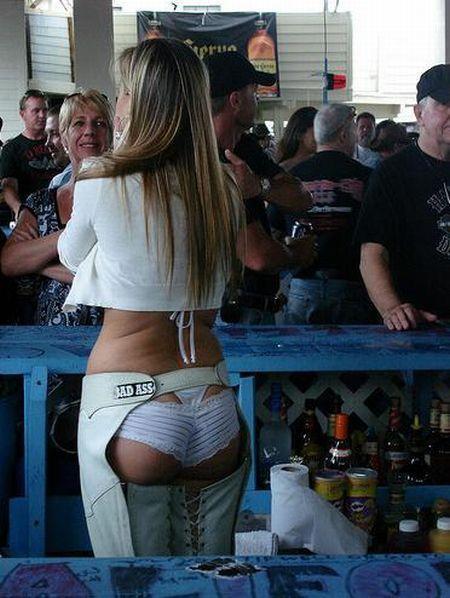 Gorące barmanki 24