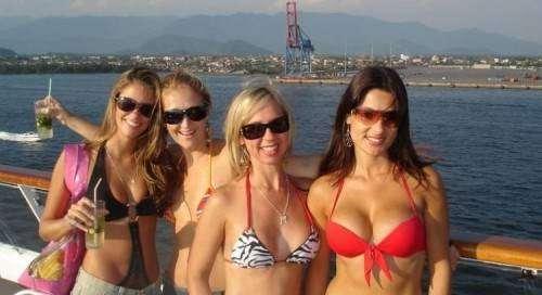 Laski w bikini 10
