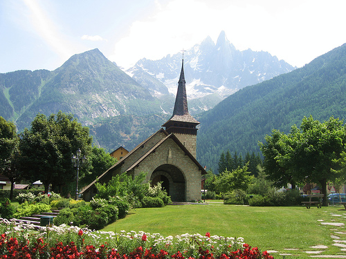 les_praz_church