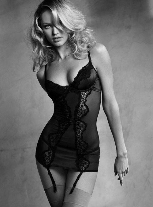 Piękno kobiecego ciała #6 26
