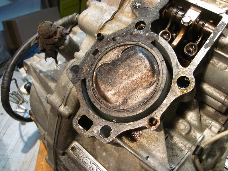 CX 500 Motorrevision 2 - Dornwitchen - Seite 3 Motore2123kolbenrechteuuz3