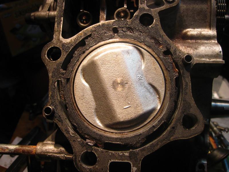 CX 500 Motorrevision 2 - Dornwitchen - Seite 3 Motore2263kolbenlinks6fkva