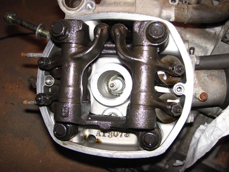 Instandsetzung und Wartung CX500C - Seite 5 Motorf0329zylinderlinv4x9h