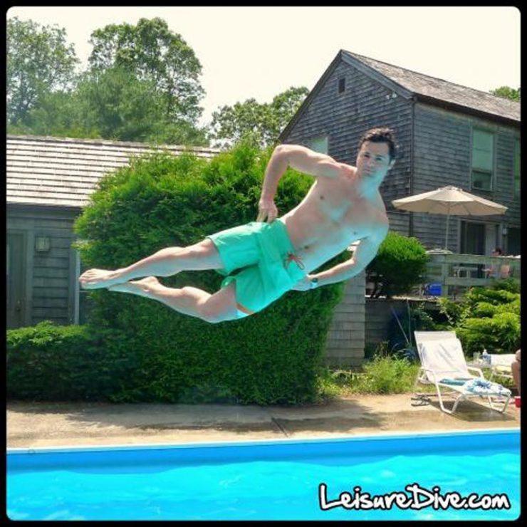 Zabawne zdjęcia przy skokach do basenu 30