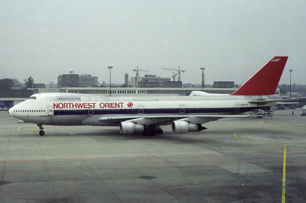 747 in FRA - Page 5 N601us_gem102ba5