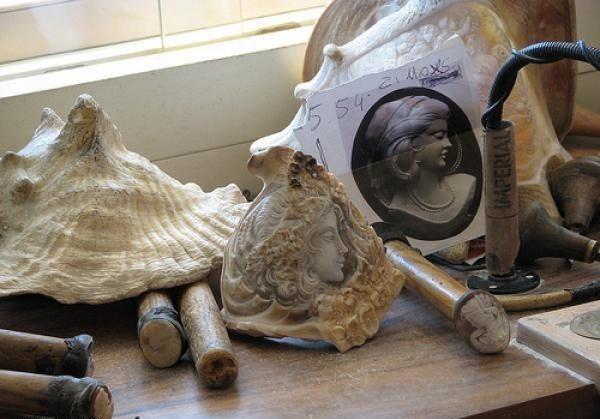 Gliptyka - rzeźba na muszli 18