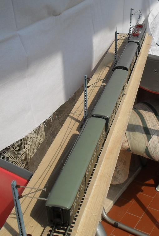 Oberleitungsmastenserienfertigungsbeginn Oberleitung-36ho8d