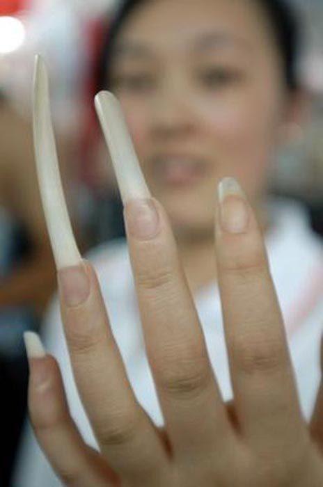 Obrzydliwie długie paznokcie 15