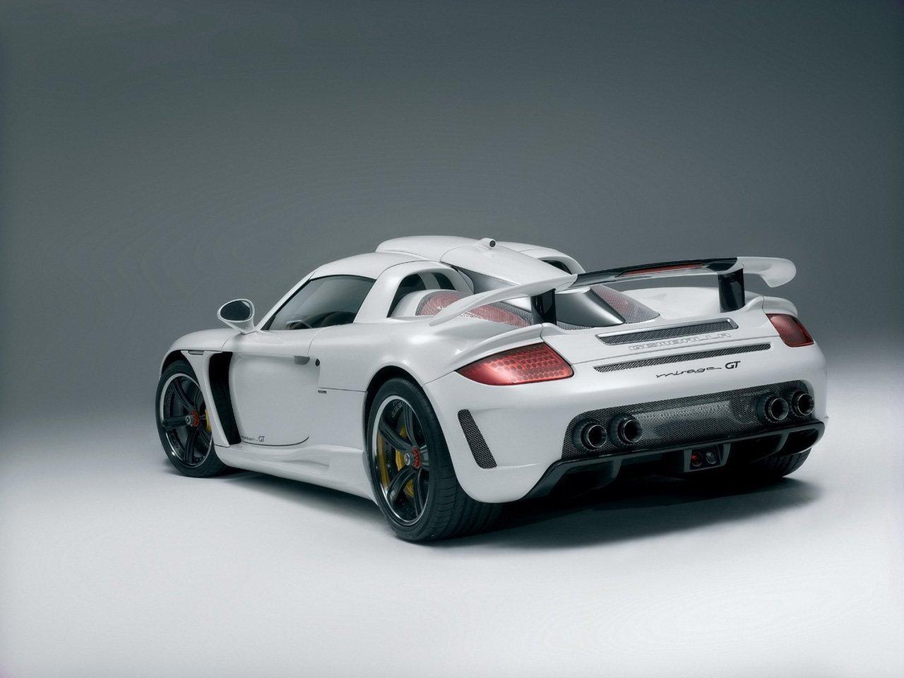 Porsche Carrera GT 11