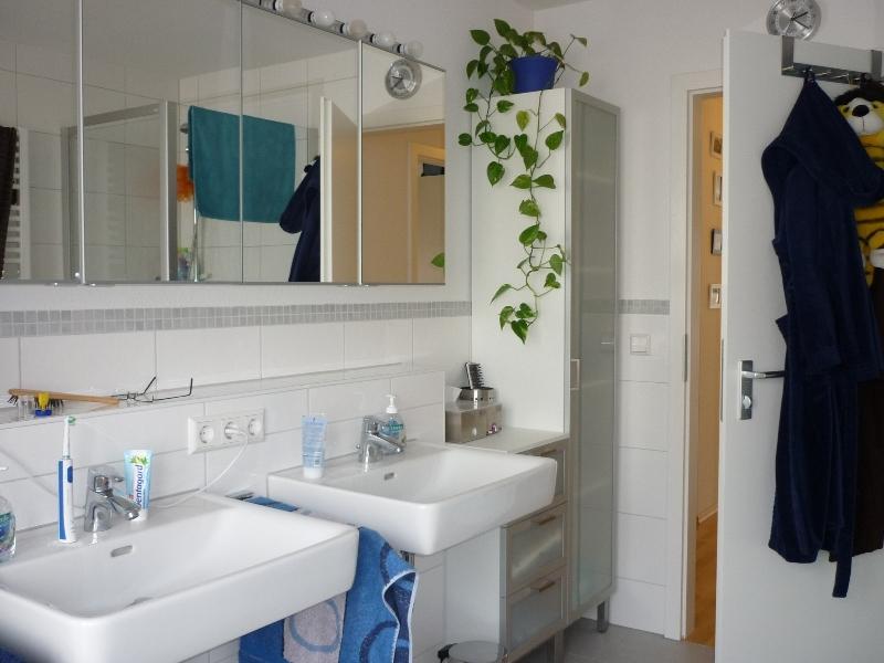 steckdosen badezimmer waschbecken haus design ideen
