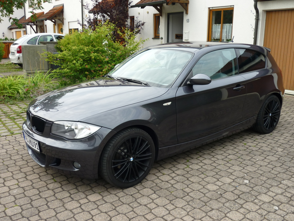 verkauft bmw 118d m paket performance look bmw 1er. Black Bedroom Furniture Sets. Home Design Ideas